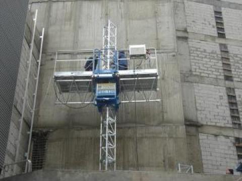 Inchirieri schele metalice autoridicatoare pentru santier de la Azzurra Piattaforme