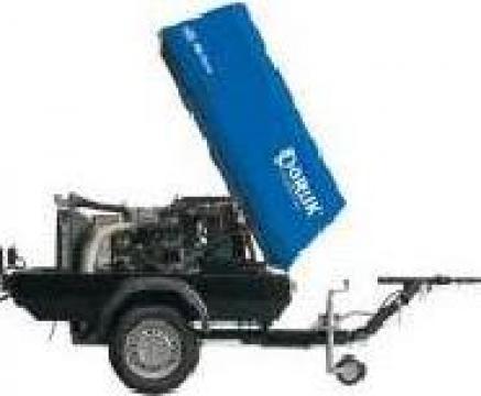 Compresor de aer mobil cu snec 7,1 mc/min