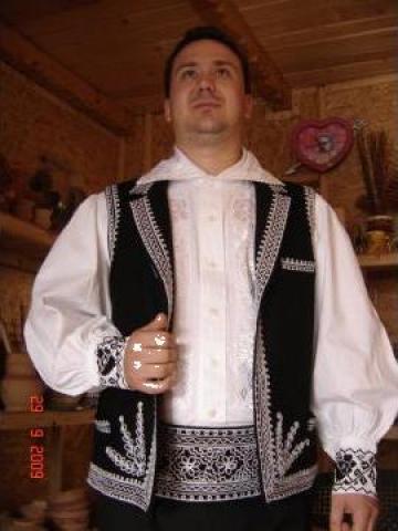 Costum popular zona Mehedinti de Nord