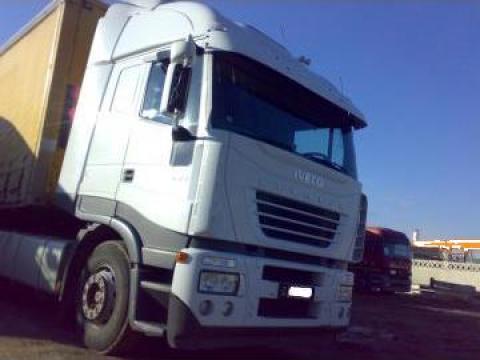 Cap tractor IVECO de la First Auto Sales Srl