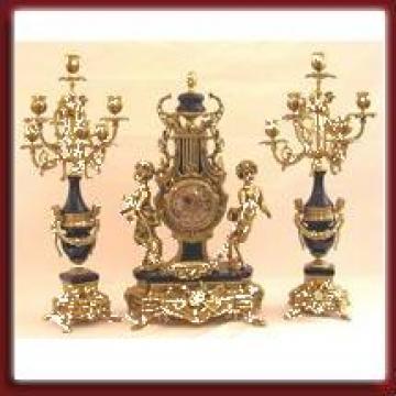 Ceas din bronz cu sfesnice de la Vechi Si Nou