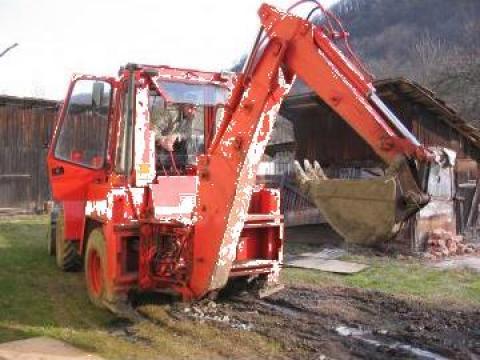 Buldoexcavator Terna Fai 565 pe pneuri de la Sc Aricons Holding Srl