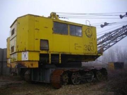 Excavator unex 303 de la Sc Exeal Srl