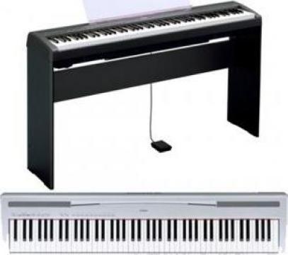 Pian digital Yamaha de la Esential Comed S.r.l