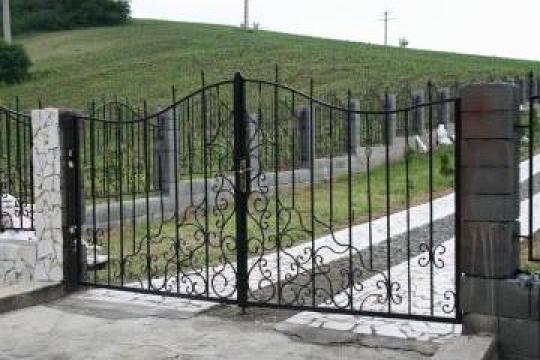 Garduri fier forjat, porti, case de vacanta de la Sc Road Runner Group