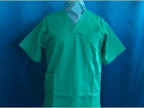 Bluza personal medical de la Tamy Complet Services Srl