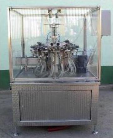Masina reconditionata de clatit sticle si PET-uri de la Tehnosincron