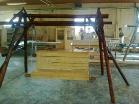 Balansoar rustic pentru gradina de la Jackd