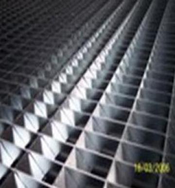 Gratare metalice presate Coifer Trafic Greu de la Dari Gratings