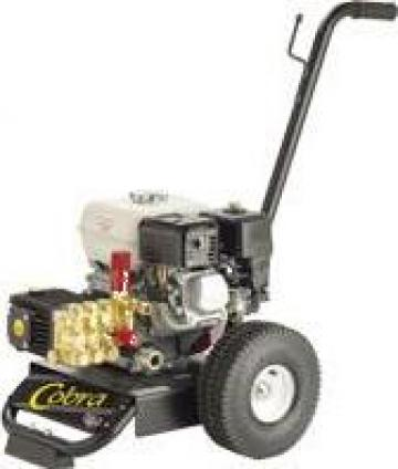 Masina cu presiune cu motor termic Cobra 200 de la Tehnic Clean System