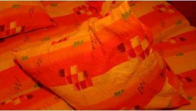 Lenjerie de pat colorata creponata