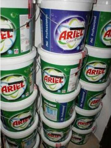 Detergent Ariel de la Max Global Tradin Nl