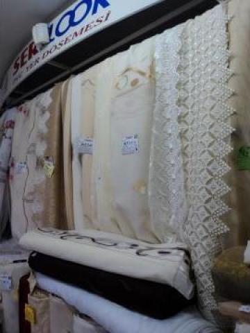 Perdele, draperii, galerii si accesorii