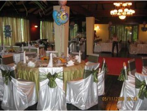 Decoratiuni sala pentru nunta de la Sabine Decor Shop Srl-d