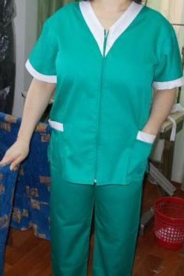 Costum asistenta medicala verde de la Johnny Srl.