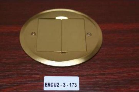 Clapa metalica cu loc de priza 220V de la Niedax Srl