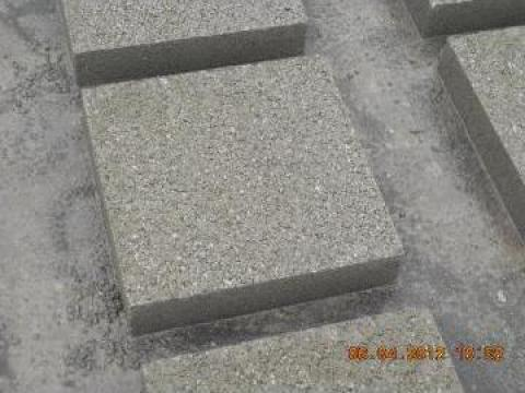Dale de beton de la N A D. Cornetu