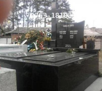 Monumente funerare marmura A1 de la Raul&Simona