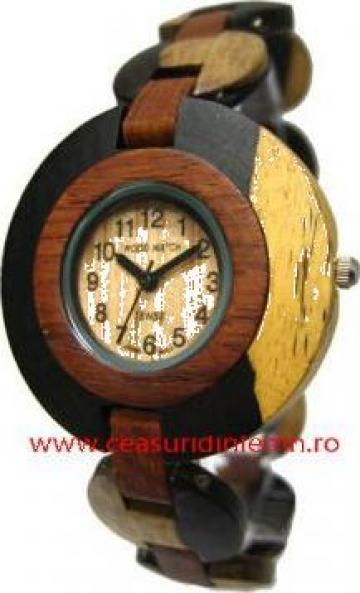 Ceas de mana din lemn de la Pfa Pirea Dan Camil