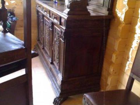 Mobilier sufragerie Renascentist de la Mobila-Antique Trans Srl