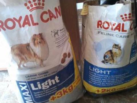 Hrana caini si pisici Royal Canin de la I.i. Valentin Mihai