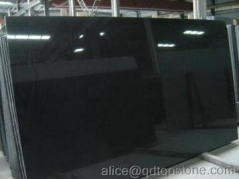 Granit negru de la Qingdao Top Stone Co., Ltd