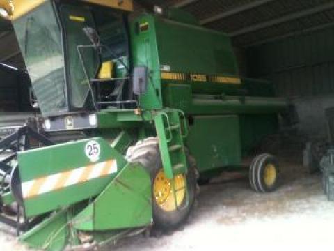Tractor John Deere 1065 de la Casami Srl