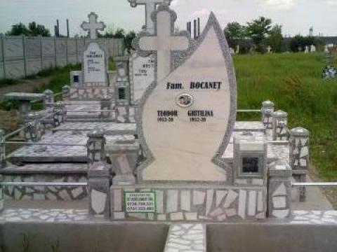 Monument funerar cu Mozaic venetian