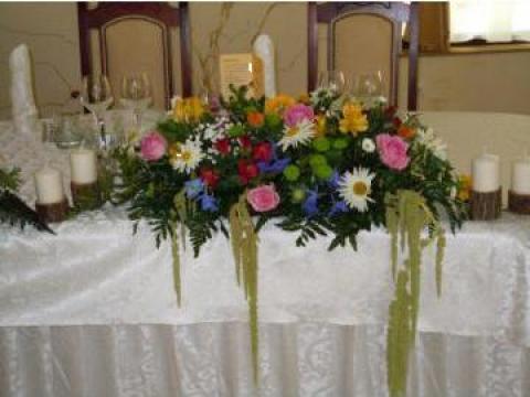 Aranjamente florale masa miri de la French Bouquet