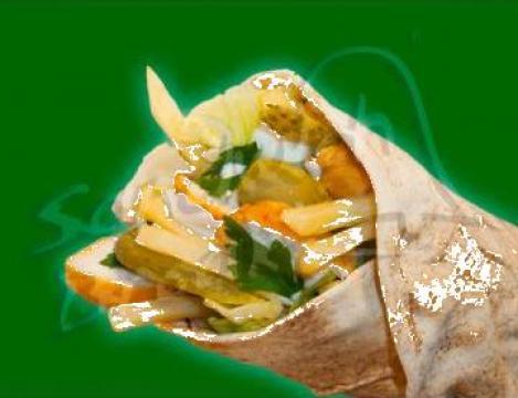 Shaorma lipie libaneza cu pui si salata crocanta
