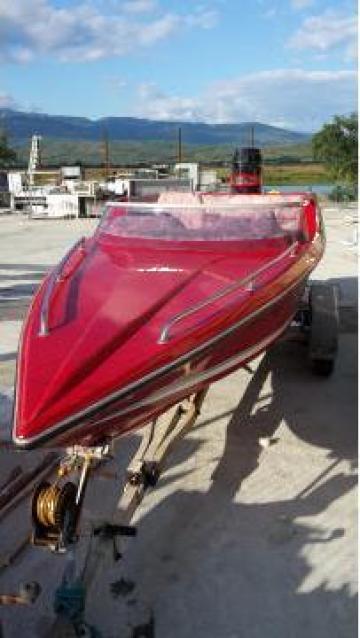 Barca de viteza Sabre cu motor Mercury 140 cp de la Sc Danusia Srl