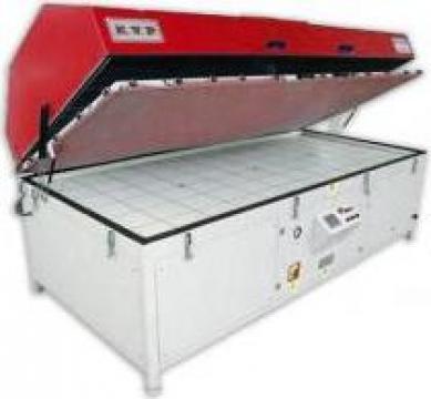 Presa vacuum cu membrana Winter KVP 300 PLC de la Seta Machinery Supplier Srl