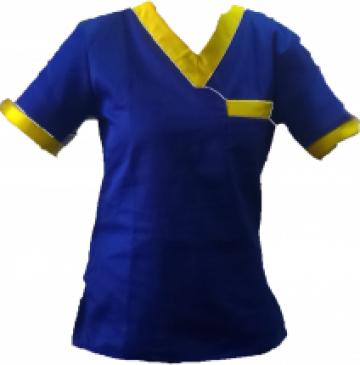 Bluze medicale albastre de la Johnny Srl.