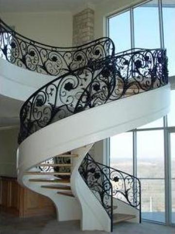 Balustrada curbata pentru scara interioara B1d de la Stefiart Design Srl