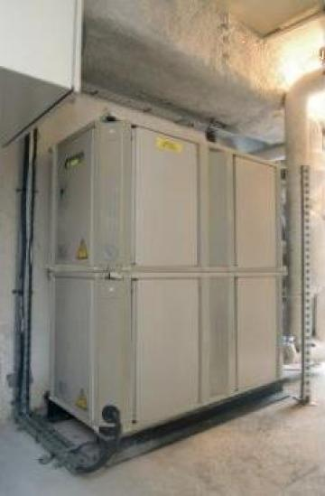 Sistem chiller cu racire pe apa Daikin EWWP090KAW1M de la Tin Lavir Serv Srl.