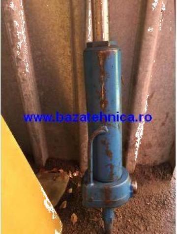 Reparatie cilindru hidraulic basculanta de la Baza Tehnica Alfa Srl