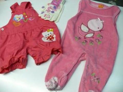 Imbracaminte second hand pentru bebelusi de la Sidepo Global SRL