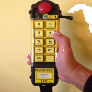 Telecomenzi prin radio pentru macarale de la Macarale Srl