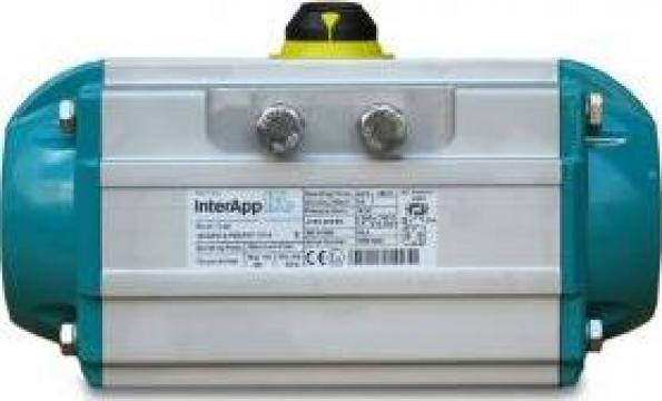 Actuator pneumatic simpla/dubla actiune