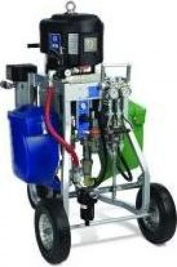 Dozator bicomponent Graco XP70 de la Iso Equipments Srl