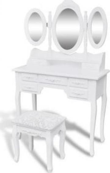 Masuta de toaleta cu taburet si 3 oglinzi