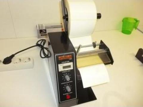 Aplicator dispenser etichete de la Presa Ulei