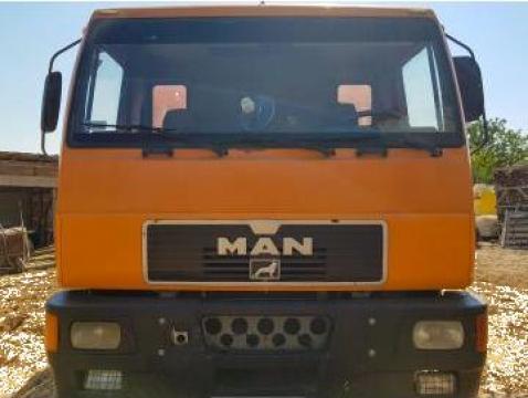 Camion MAN Star sarcina 12t de la Dan Line Company