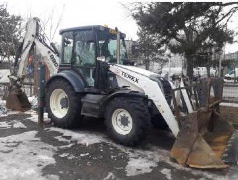Inchiriere buldoexcavator Terex 880 Elite de la Vip Clima Srl