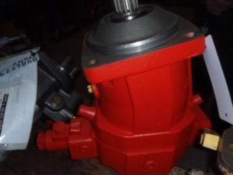 Motor hidraulic O&K - 9605856 de la Nenial Service & Consulting