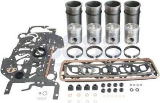 Set motor Fordson de la Agroparts Distributie Srl