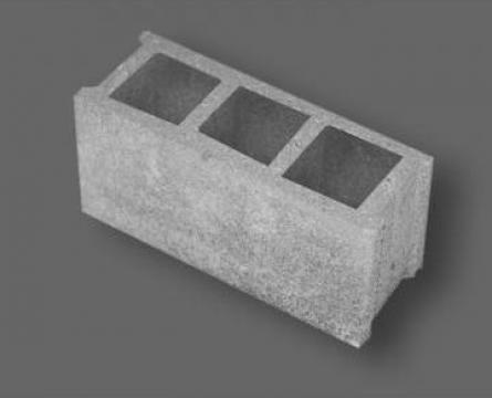 Boltari din beton vibropresati de la Salbero S.r.l.
