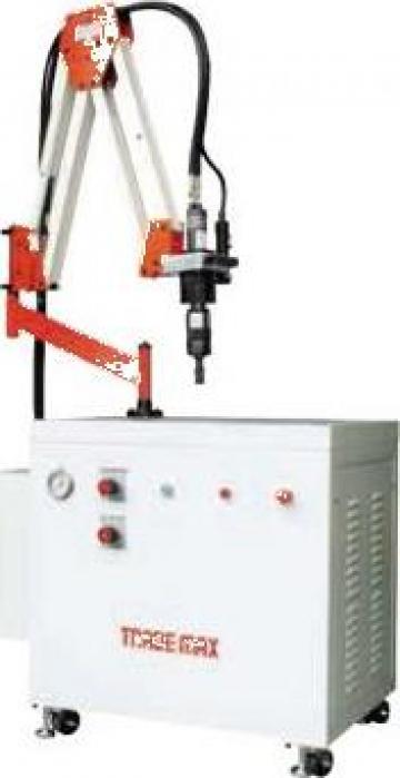 Masina hidraulica de filetat HM-50 de la Proma Machinery Srl.