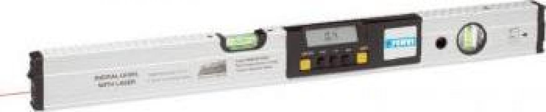 Nivela laser cu afisaj digital 0666 de la Proma Machinery Srl.