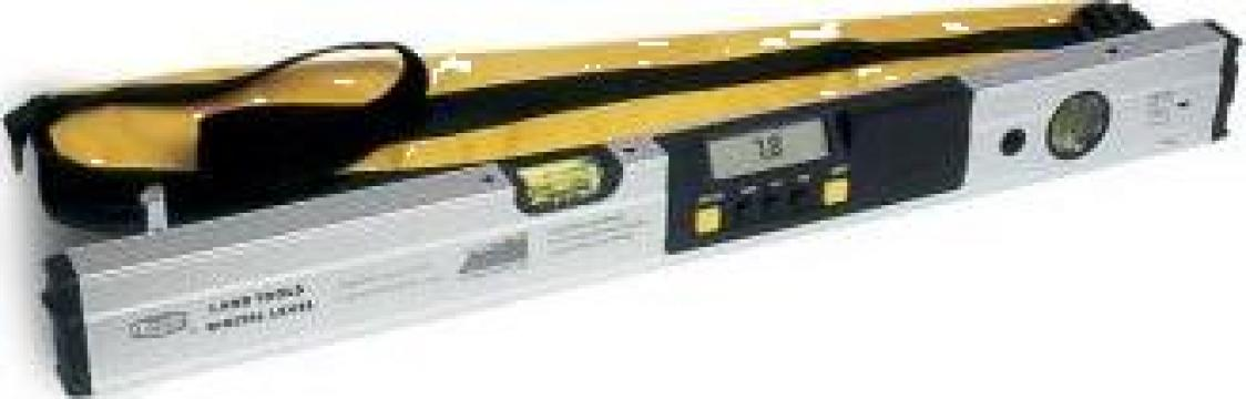Nivela laser cu afisaj digital LV-1D de la Proma Machinery Srl.